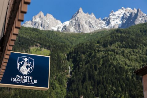 Early booking of one bedroom in Chamonix